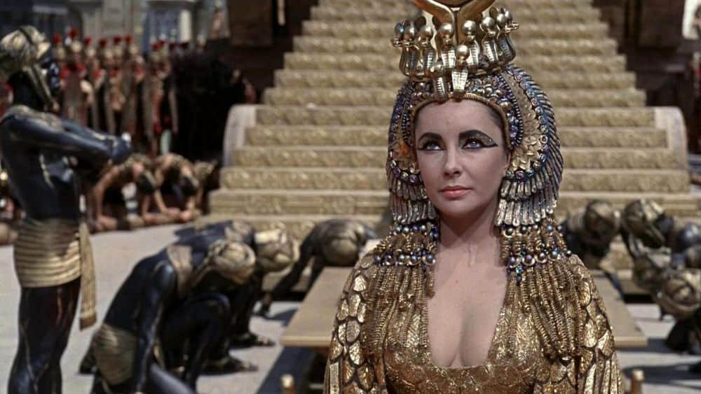 Cleopatra će biti Prljavi, Krvavi, Politički triler!