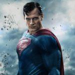 Henry Cavill [nespretno] priznaje da je i dalje Superman