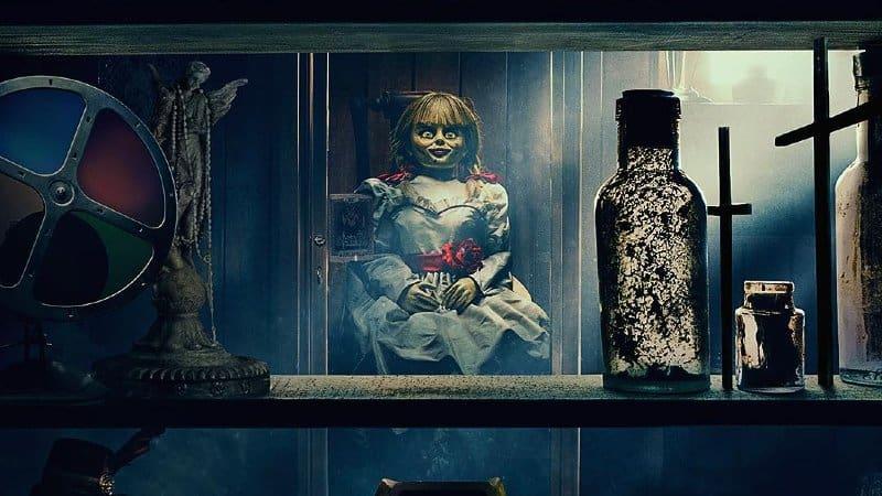 'Annabelle Comes Home' stigao prvi poster i prikazuje poveznice s 'Conjuring'