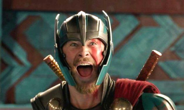 Thor zvijezda Chris Hemsworth kako žestoko potpisuje autograme je najbolja stvar koju ćete vidjeti danas