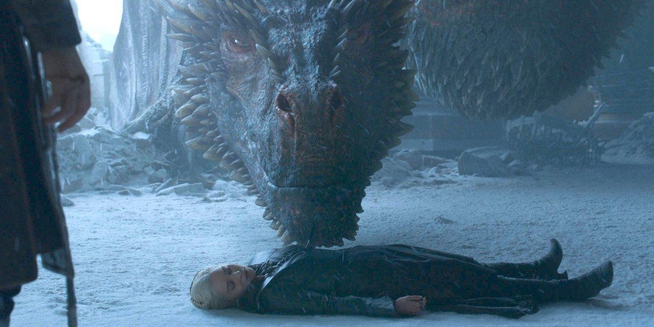 'Game Of Thrones' showrunneri otkrili što je Drogon učinio s tijelom Daenerys