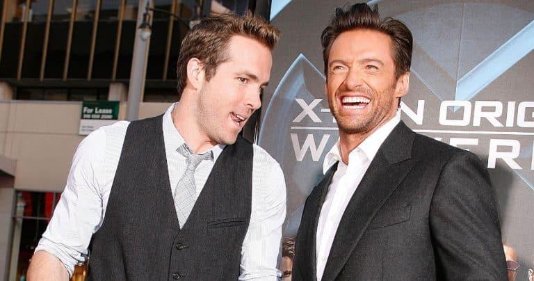 Ryan Reynolds ogorčen nakon što mu je Hugh Jackman oteo poster za novi film 'Free Guy'