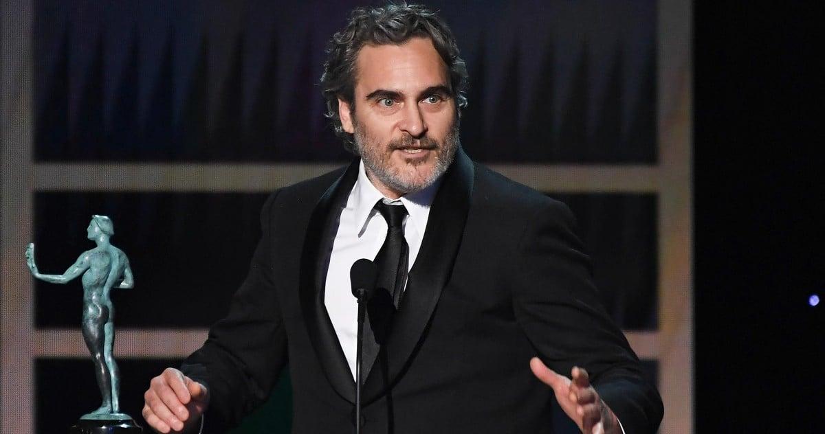 Joker zvijezda Joaquin Phoenix odaje počast Heathu Ledgeru tijekom SAG nagrada [video]