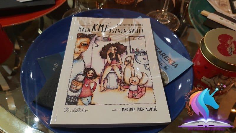 Recenzija knjige: Mala Kme osvaja svijet - Majčinstvo bez filtera