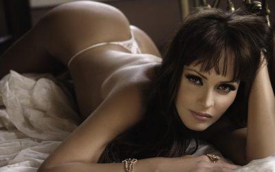 Gabriela Spanic pozirala potpuno gola i raspametili fanove (18+)