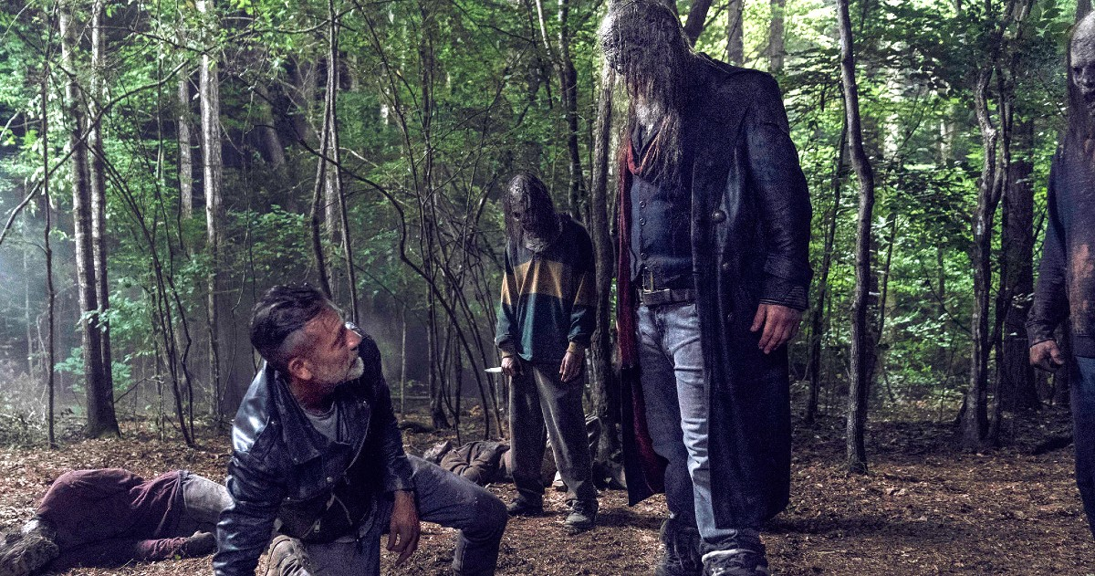 The Walking Dead nas zadirkuje s hrpom smrti u finalu sezone 10