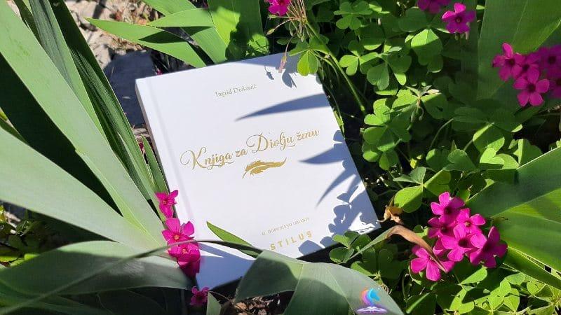 Recenzija knjige: Knjiga za Divlju ženu (II. dopunjeno izdanje)
