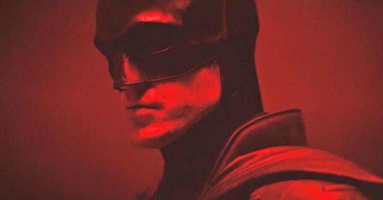 """Nove fotografije Roberta Pattinsona pokazuju njegovu vitku figuru za """"The Batmana"""""""