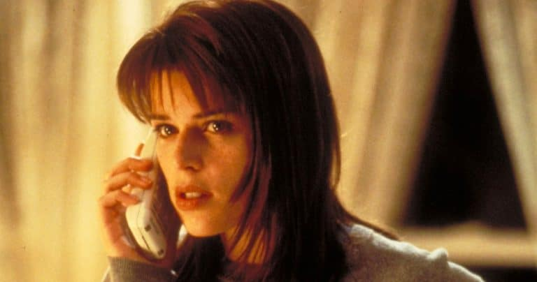 Neve Campbell navodno u razgovorima da se vrati kao Sidney Prescott u Scream 5