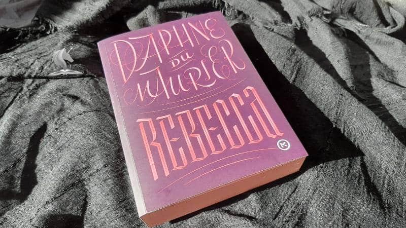 Recenzija knjige: Rebecca