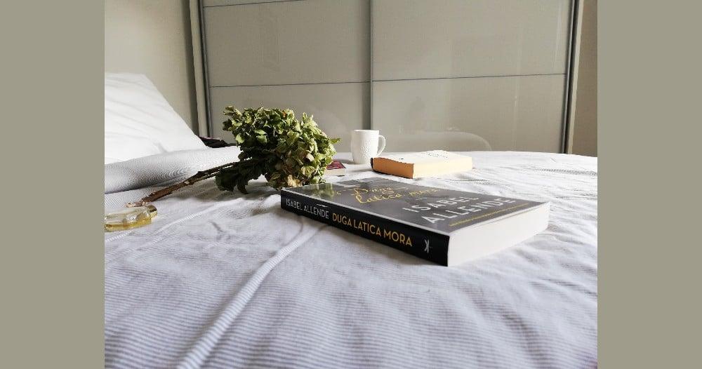 Recenzija knjige: Duga latica mora